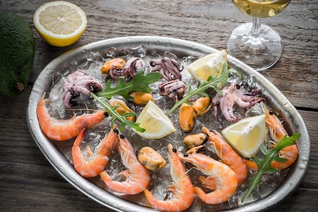 Bandeja com frutos do mar