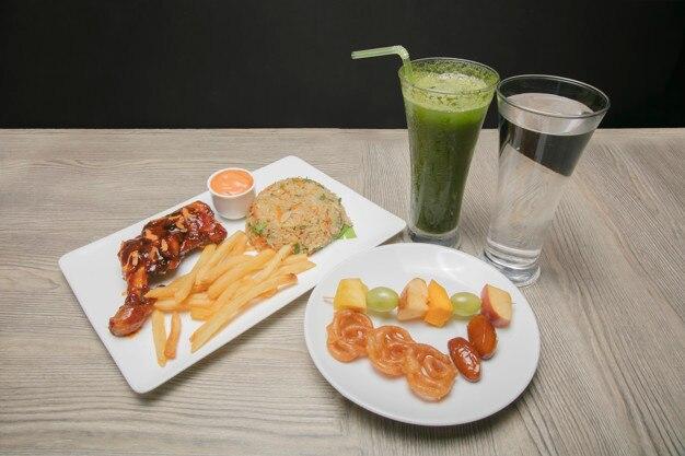 Bandeja de comida iftar