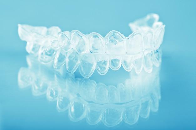 Bandeja de dentes individuais para clareamento