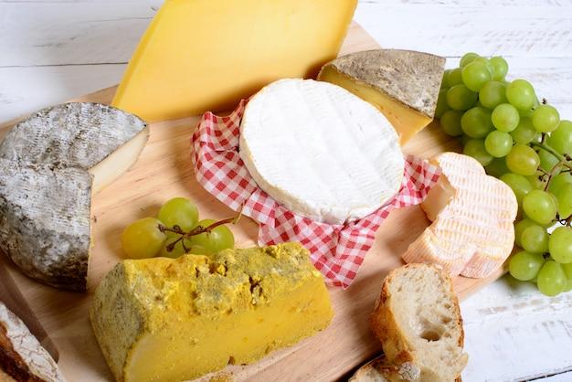 Bandeja de queijo francês