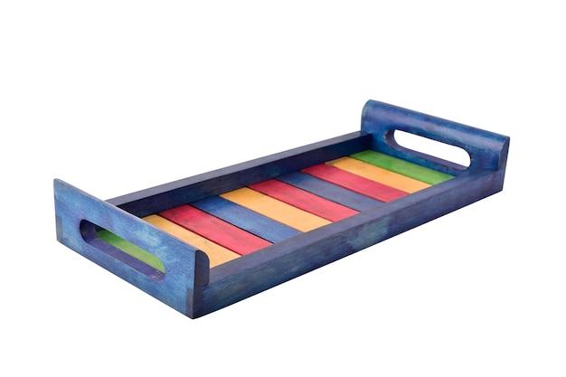 Bandeja de servir de madeira colorida isolada