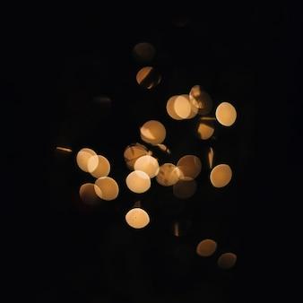 Bando de luzes douradas