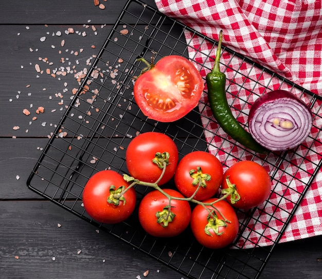 Bando de tomate e cebola