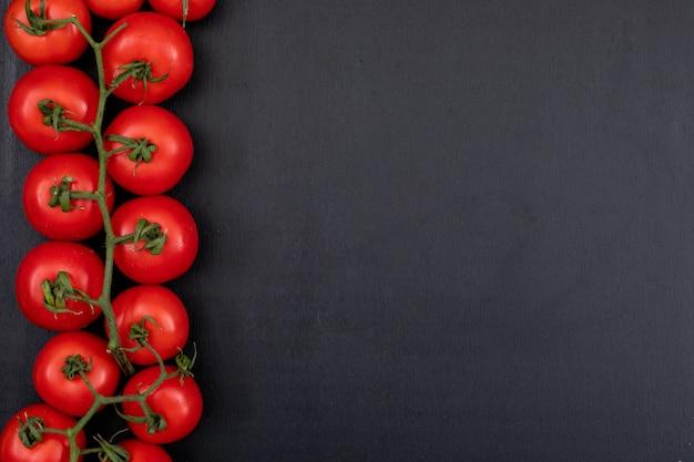 Bando de vermelho, tomate fresco