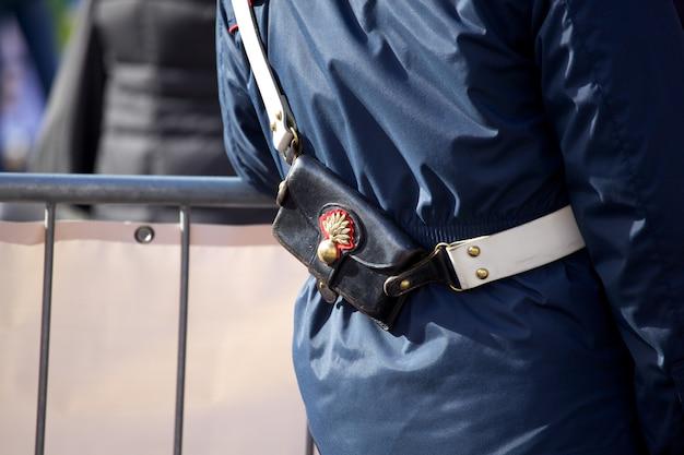 Bandoleira do policial italiano