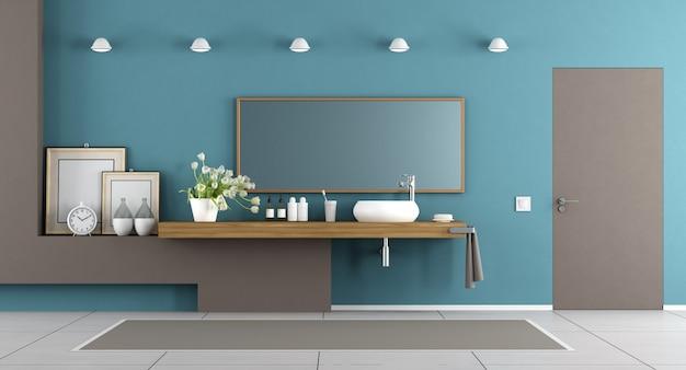 Banheiro moderno azul e marrom