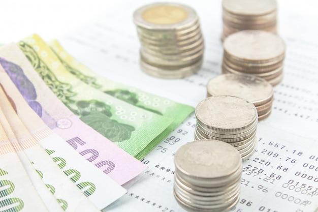Banho de dinheiro tailandês