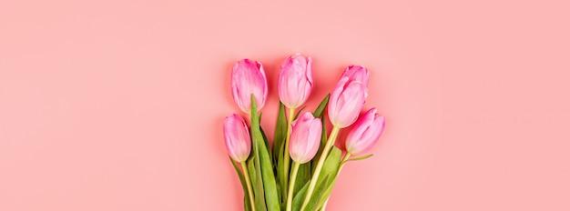 Banner da web com tulipas cor de rosa