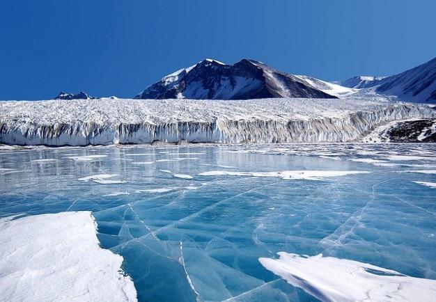 Banquisas de gelo eterno km pólo sul antarctica