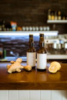 Bar ainda vida com cerveja artesanal