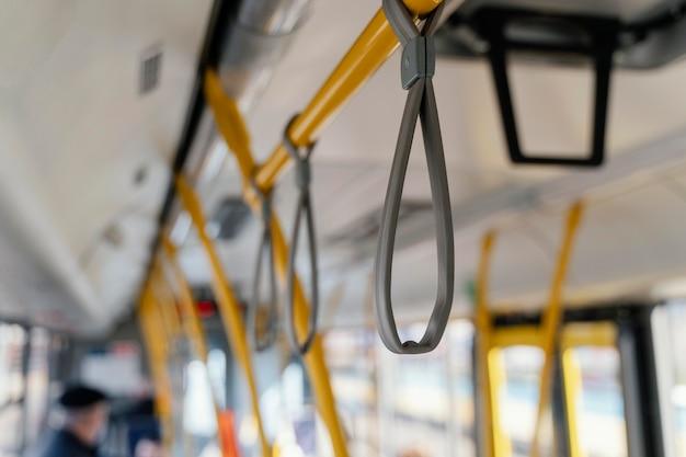 Bar de ônibus da cidade Foto gratuita