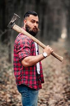 Barba, motosserra, hipster, lenhador, homem, machado