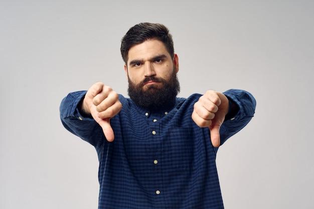 Barbearia e cabeleireiro masculino