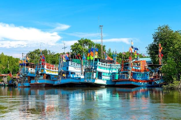 Barco de pesca.