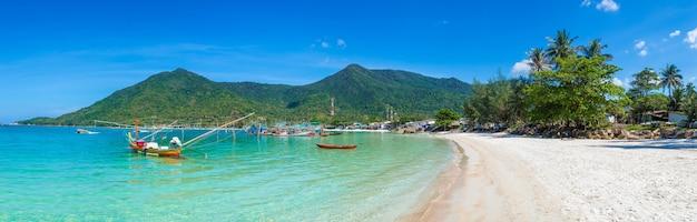 Barco de pescador na ilha de phangan
