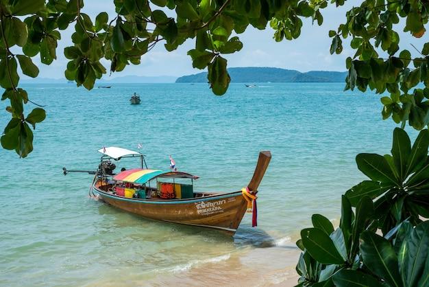 Barco em thiland beach