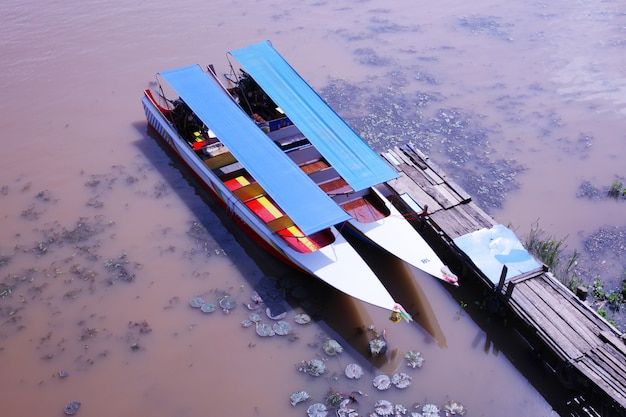 Barcos do porto de landcape