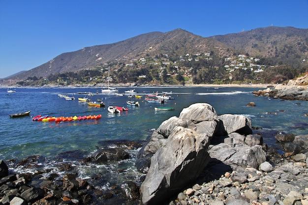 Barcos na aldeia zapallar, chile