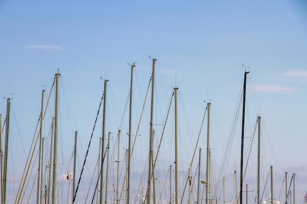 Barcos no porto de vieux le cannes