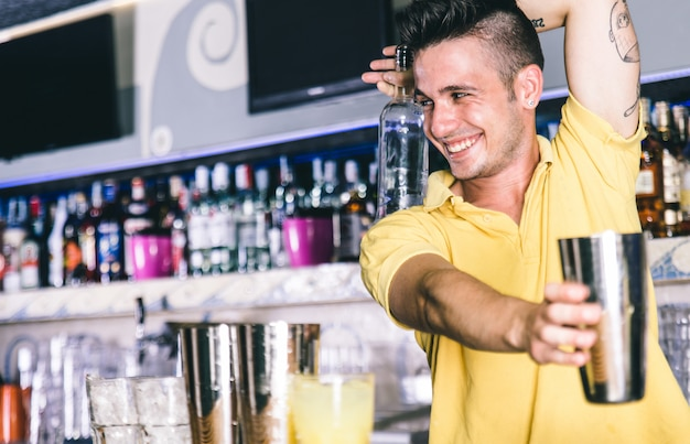 Barman flair em ação