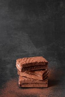 Barras de chocolate com cacau em pó