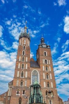 Basílica de santa maria em cracóvia, polônia