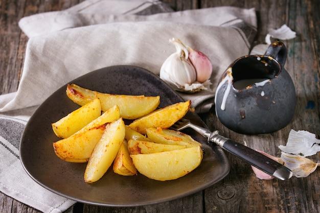 Batata frita com molho