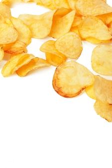 Batata frita isolada no branco