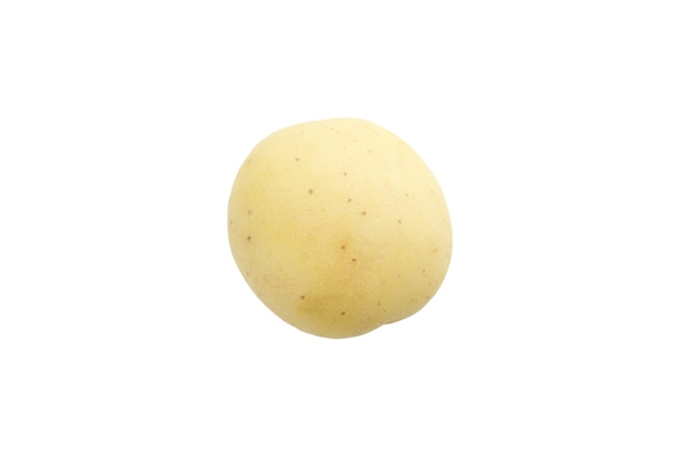 Batata jovem saborosa isolada no branco