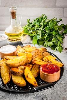 Batatas fritas assadas