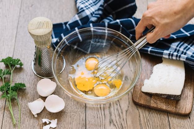 Batendo ovos