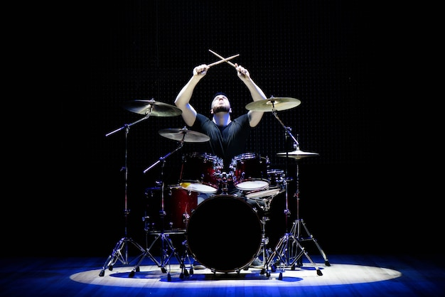 Baterista, tocando, tambores, fase