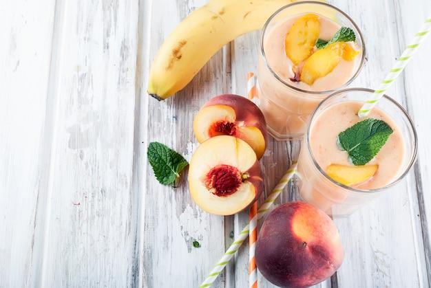 Batidos com frutas e bagas