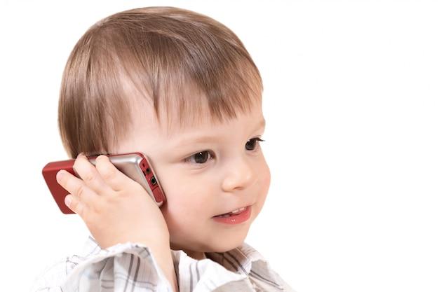 Bebê com telefone móvel