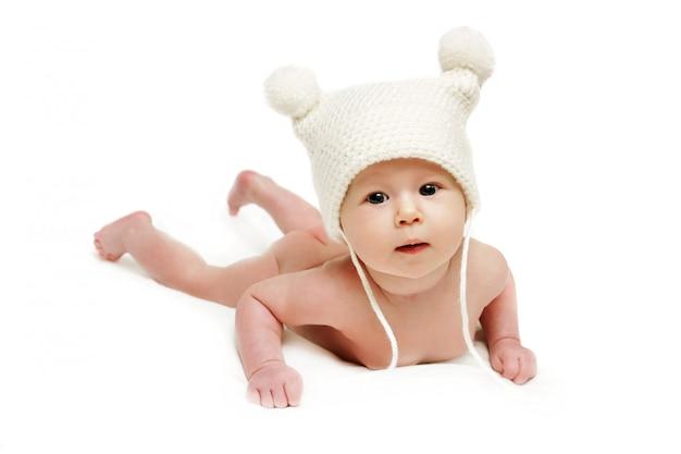 Bebê recém-nascido na tampa