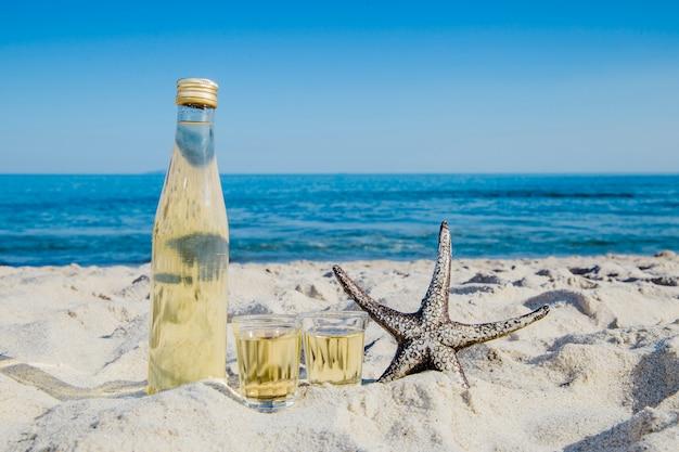 Bebida composta e estrela do mar
