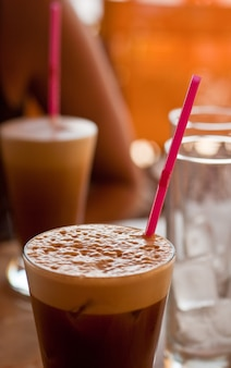 Bebida de café frio misturado