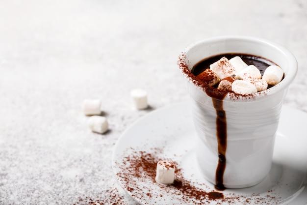 Bebida de natal com chocolate quente