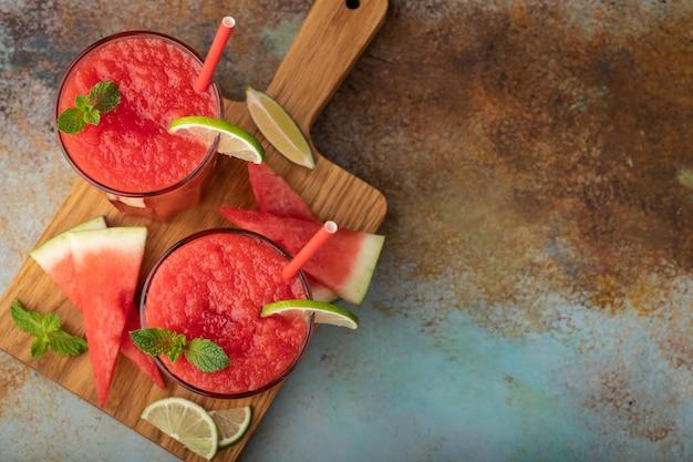 Bebida de refrescamento do verão do slushie da melancia.