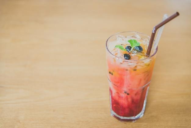 Bebida do partido fundo refrigerante branco