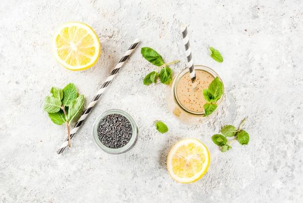 Bebida energética natural, chia fresca, água com infusão ou limonada