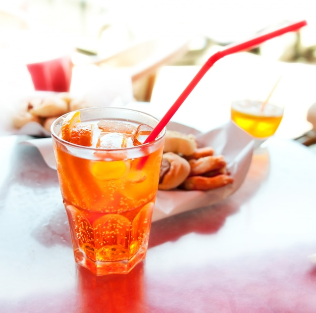Bebida longa spritz
