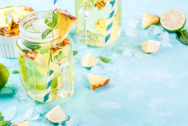 Bebida tropical, mojito de abacaxi ou limonada com limão e hortelã