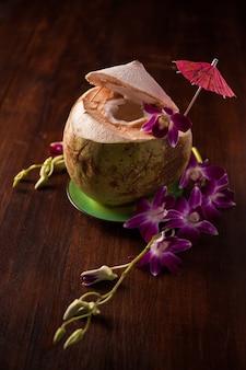 Bebidas de coco, água de coco, suco de coco