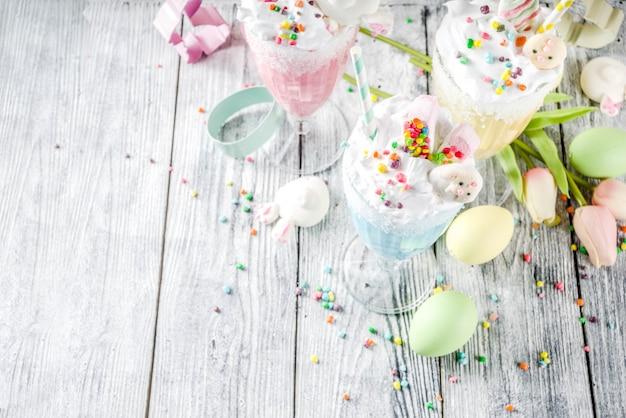 Bebidas engraçadas de milk-shake de páscoa