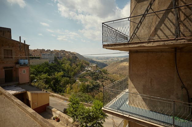 Beco da cidade siciliana de butera
