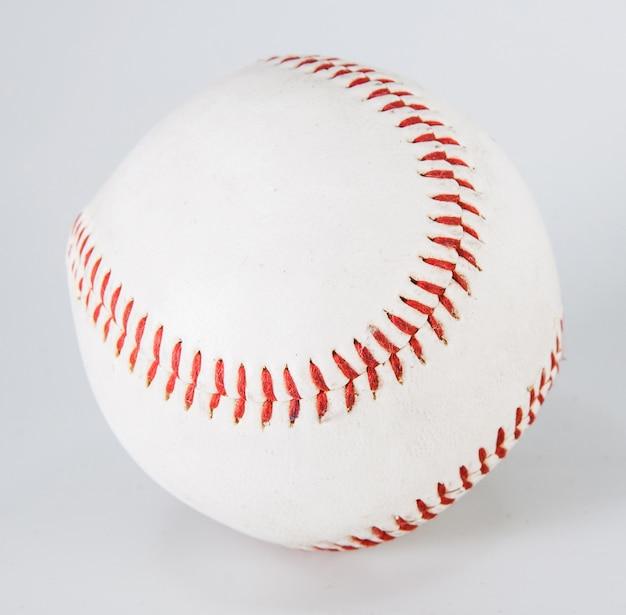 Beisebol, isolado, branco, com, caminho cortante, um, well-worn