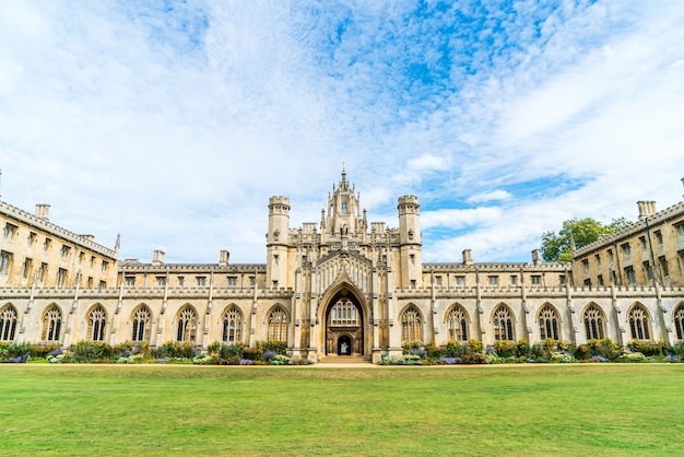 Bela arquitetura st. john's college em cambridge