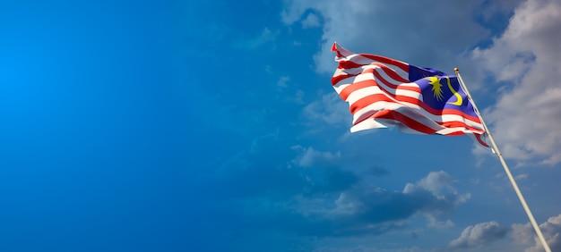 Bela bandeira do estado nacional da malásia com espaço em branco no fundo largo