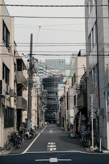 Bela cidade do japão com bicicletas
